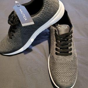 Mens Sneaker NWT 👟